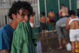 """La caravana de migrantes llega a Tijuana y pide asilo a EEUU: """"Aquí no nos quieren; nos lanzaron piedras"""""""