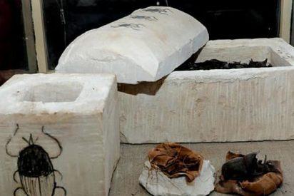 Descubren una puerta secreta y momias nunca vistas: Hallazgo sin precedentes en una necrópolis de Egipto