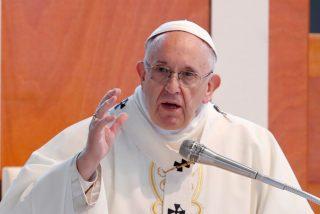 """Francisco advierte a los políticos contra """"el clientelismo y el apego al poder"""""""