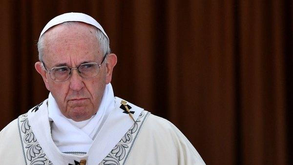 """Duras declaraciones del papa Francisco: """"Los chismosos y chismosas son terroristas"""""""