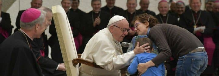 Papa Dios Nos Rescata Del Deseo De Acaparar Cosas Y Dominar A Las