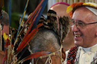 """El Papa elogia a los pueblos amazónicos: """"Aman la naturaleza y aman a Dios"""""""