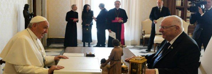 """El deseo del Papa al presidente israelí: """"Que el desierto de la enemistad se haga amistad"""""""