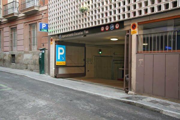 El improvisado plan de Carmena hace que las plazas de garaje dentro del área de Madrid Central suban el precio