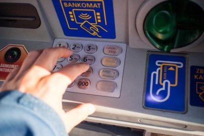 La Policía te avisa sobre el peligro que hay con el número PIN de tu tarjeta de crédito