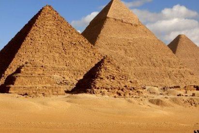Descubren por fin el secreto de cómo los antiguos egipcios movían las enormes piedras con las que hicieron las pirámides