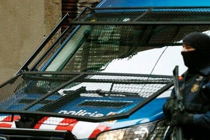Desalojan dos trenes de la estación de Barcelona por alerta de bomba