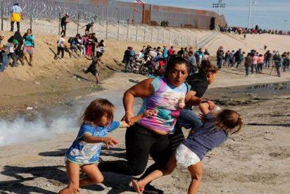La Policía de EE.UU. usa gas lacrimógeno y balas de goma contra inmigrantes en la frontera con México