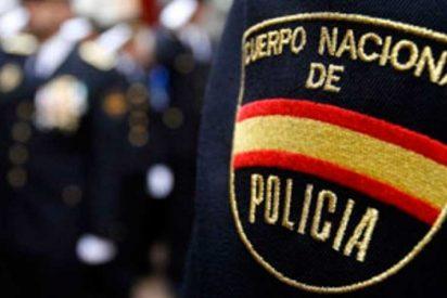 La Policía aflora el macabro rastro que un asesino dejó en Internet antes de matar a su pareja