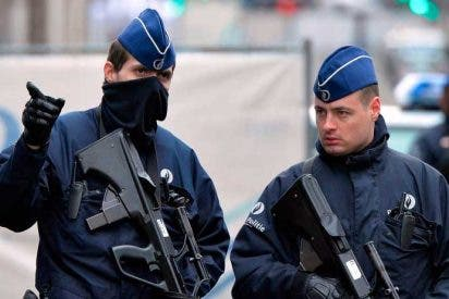 Herido un policía tras ser apuñalado en Bruselas por un hombre que fue abatido