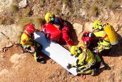 Encuentran muerto a un escalador de 62 años en el Camino Les Penyes de Sagunto