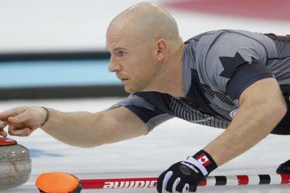 """Expulsan a este campeón olímpico de curling de un torneo por estar """"extremadamente borracho"""""""