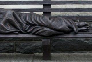 Presentan en Río una escultura dedicada a los sin techo donada por el Vaticano
