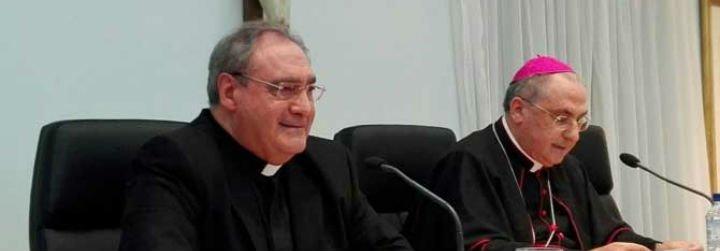 """Gil Tamayo quiere ser obispo de Ávila """"a tiempo completo"""""""
