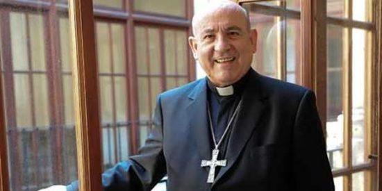 """El arzobispo de Zaragoza pide al alcalde que defienda a la Virgen """"cuando se la injuria gravemente"""""""