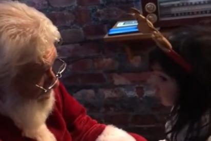 """Un tierno Papa Noel uruguayo a una niña venezolana: """"Te quiero mucho, este es tu país también"""""""
