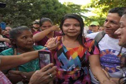 Liberan a Imelda Cortez, la joven de El Salvador acusada de intento de homicidio del bebé que tuvo producto de una violación
