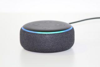 """""""Mata a tus padres"""": el lado oscuro de Alexa, la asistente virtual de Amazon que habla de sexo y mucho más"""