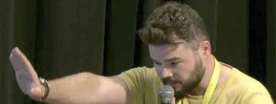 'Gambazos' Rufián: El de ERC denuncia que los Mossos identifican a estudiantes golpistas sin orden judicial y el tribunal de Twitter le sentencia por ignorante