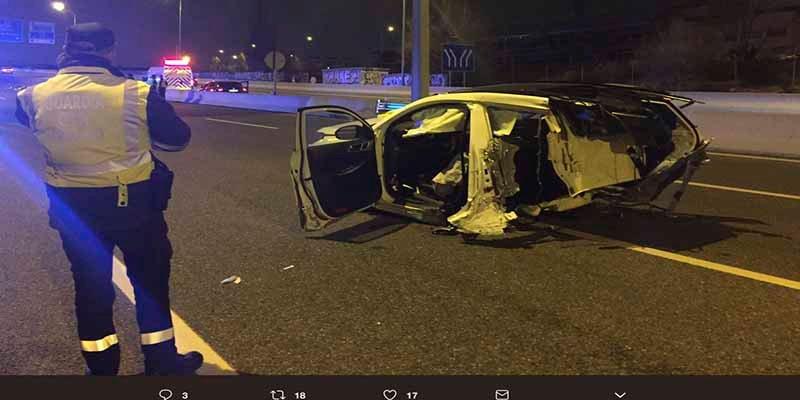 Un brutal accidente deja dos muertos y dos heridos de la misma familia en la ruta al Aeropuerto de Barajas