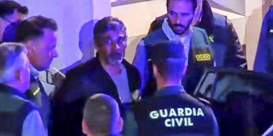 La repugnante chulería del asesino Bernardo Montoya en su solitaria 'jaula de cristal'