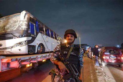 Egipto mata a 40 terroristas islámicos tras el fatal atentado contra un autobús de turistas