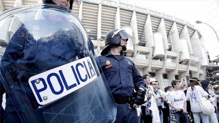 La costosa multa que pagarán los barras que causen disturbios en la Superfinal Boca-River