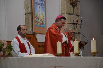 """Laicos de Ciudad Rodrigo: """"Adoramos a nuestro obispo y le esperamos con los brazos abiertos"""""""