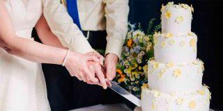 Los caraduras fingen morir para no servir un banquete de boda que ya habían cobrado
