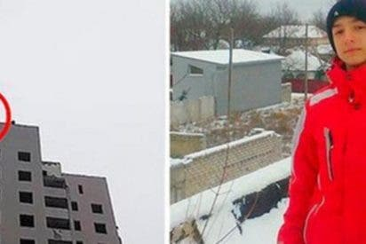 Alentado por su madre, este chaval salta con un paracaídas casero del piso 14 del edificio y muere