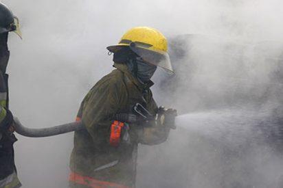 Pontevedra: Bomberos sofocan un incendio en un hotel de Caldas de Reis