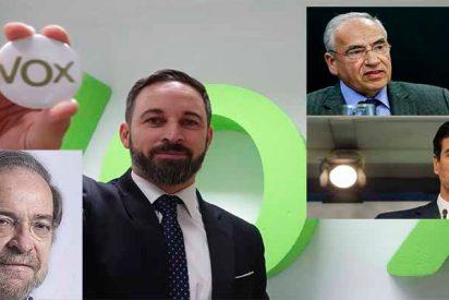 Antonio Burgos le pega unos pases a Pedro Sánchez con Alfonso Guerra de banderillero y VOX de muleta