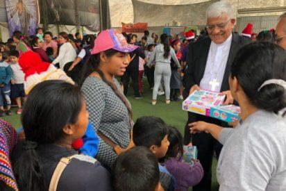 """Monseñor Cabrejos: """"La Iglesia está cerca de todos, pero de manera especial con los más pobres"""""""