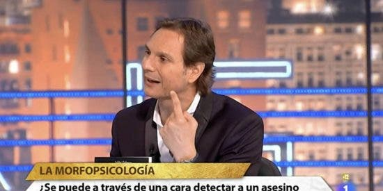 La venganza 'póstuma' de Cárdenas a TVE hunde a Podemos y a Rosa María Mateo