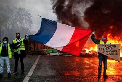 Francia: Muere un 'chaleco amarillo' tras ser golpeado por un camión