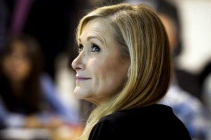 """Cristina Cifuentes reaparece para cargar contra Carmena: """"Vamos a tener que salir con piolet"""""""