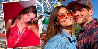 Navidad: el posado más 'hot' de Coral Simanovich, la mujer de Sergi Roberto