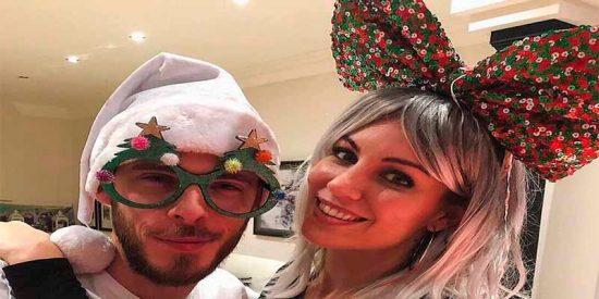 """Edurne felicita en Twitter la Navidad y los hinchas sacuden a De Gea: """"Ya te podías haber llevado las gafas al Mundial"""""""
