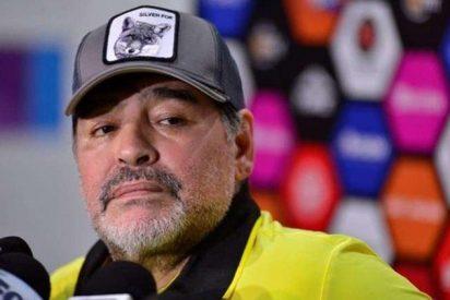 Maradona es ridiculizado en todo México con esta caricatura
