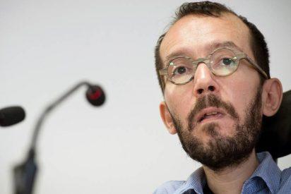 Soberbio repaso de un tuitero a 'Echeminga Dominga' por acusar a Casado de querer saquear Andalucía