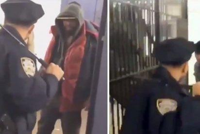 Con esta gracia se enfrenta este policía de Nueva York a cinco borrachos