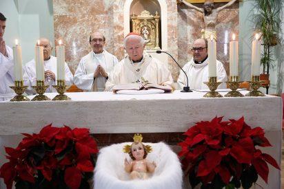 Cañizares comparte la cena de Nochebuena con sacerdotes jubilados y enfermos de la diócesis