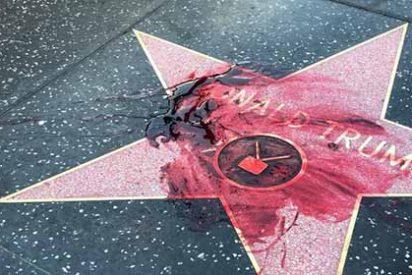 """El mensaje detrás de la """"sangre"""" sobre la estrella de Donald Trump en el Paseo de la Fama de Hollywood"""