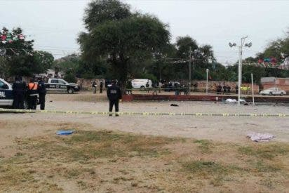 Ocho muertos y medio centenar de heridos al explotar los fuegos artificiales en una iglesia mexiana