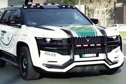 Este es el coche patrulla más avanzado del mundo y está en el desierto