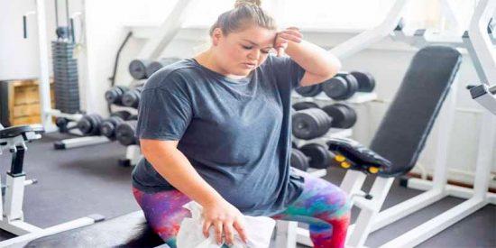 ¿Sabías que el color de la grasa corporal podría afectar la forma física de las personas?