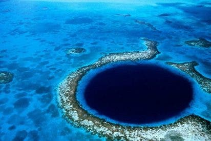 Así exploran en vivo el Gran Agujero Azul de Belice, un gran enigma del mundo oceánico