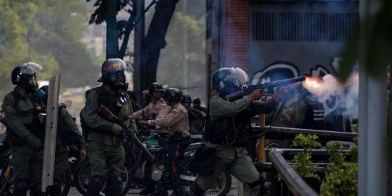 Venezuela: La Guardia Nacional chavista dispara y mata a funcionarios de la Policía Nacional Bolivariana