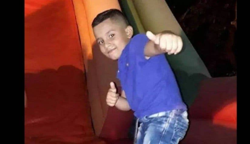 Violan y acuchillan hasta la muerte a niño de siete años