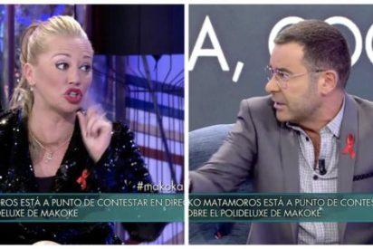 'Sábado Deluxe': Jorge Javier Vázquez y Belén Esteban se atacan como 'cochinos' en un patatal